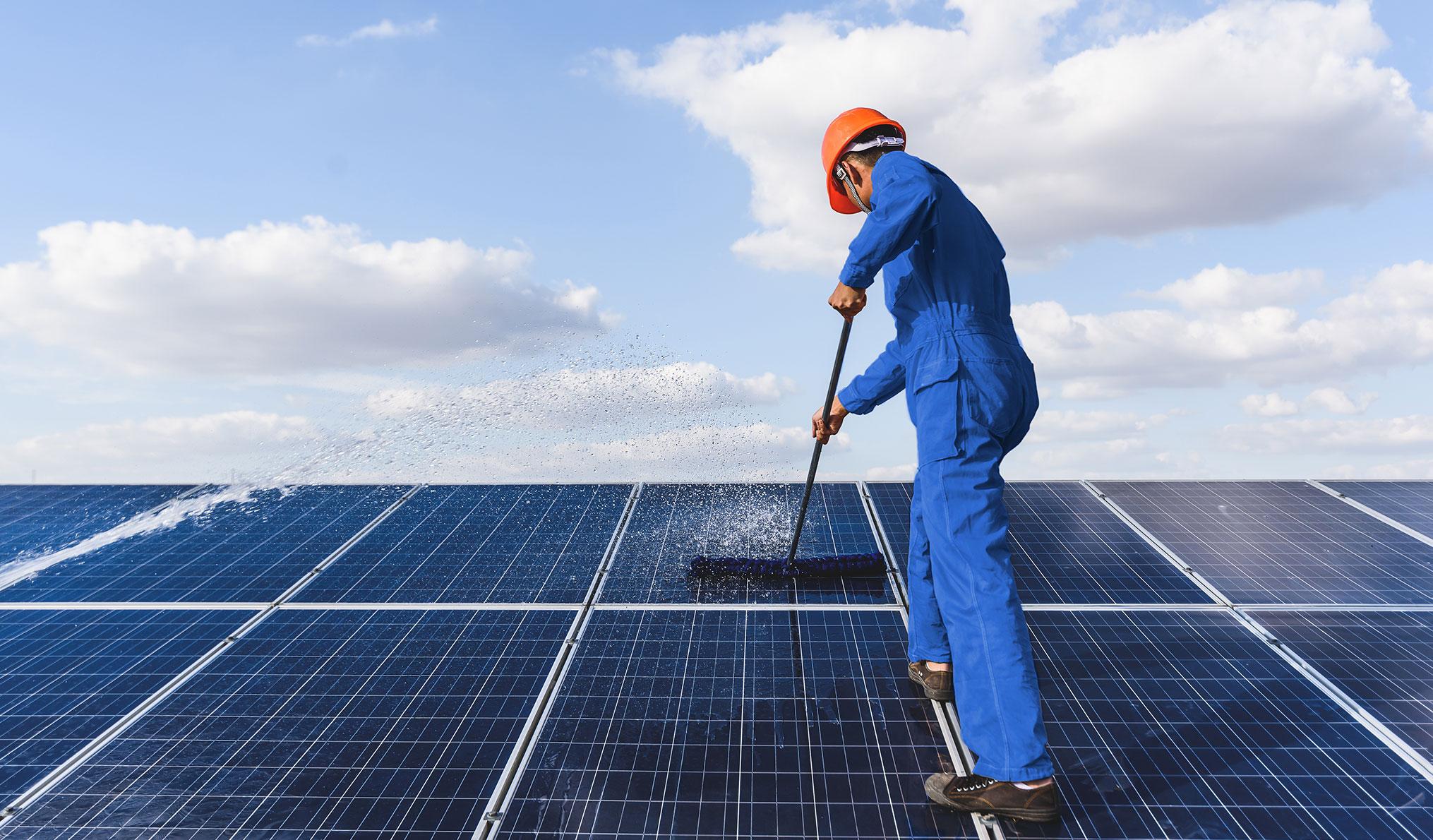 Reinigungsdienste - Solarreinigung